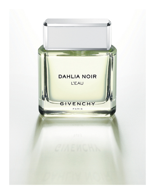 Givenchy Dahlia Noir LEau Givenchy Dahlia Noir LEau
