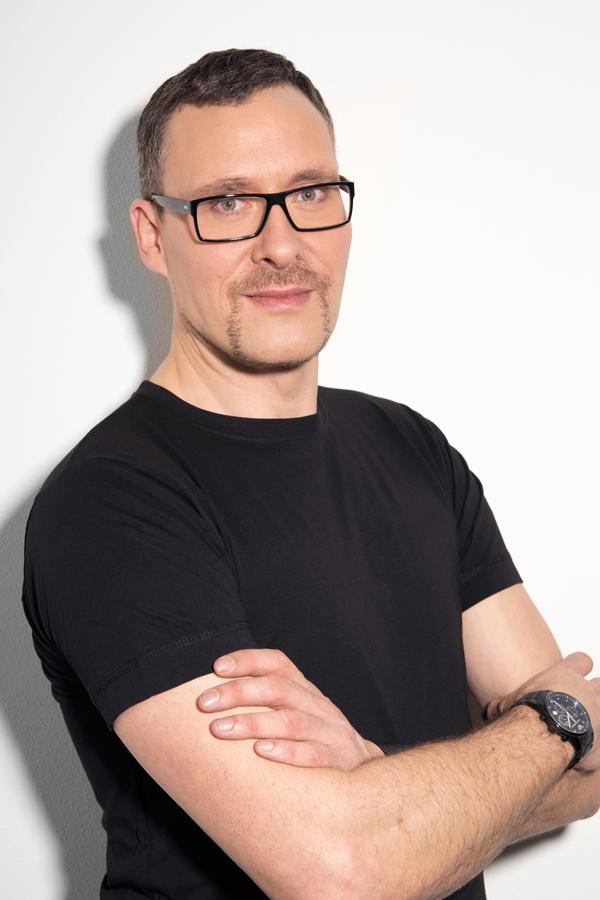 Alex Rothe Giorgio Armani National Face Designer