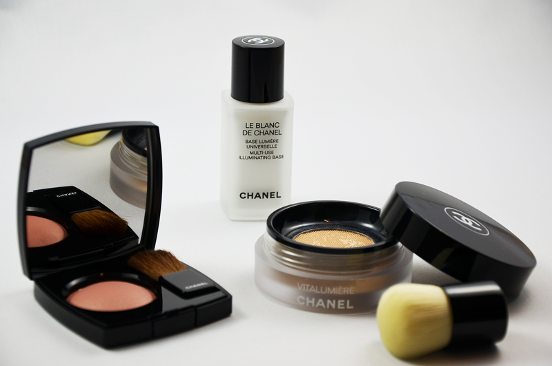 Chanel Vitalumiére Foundation