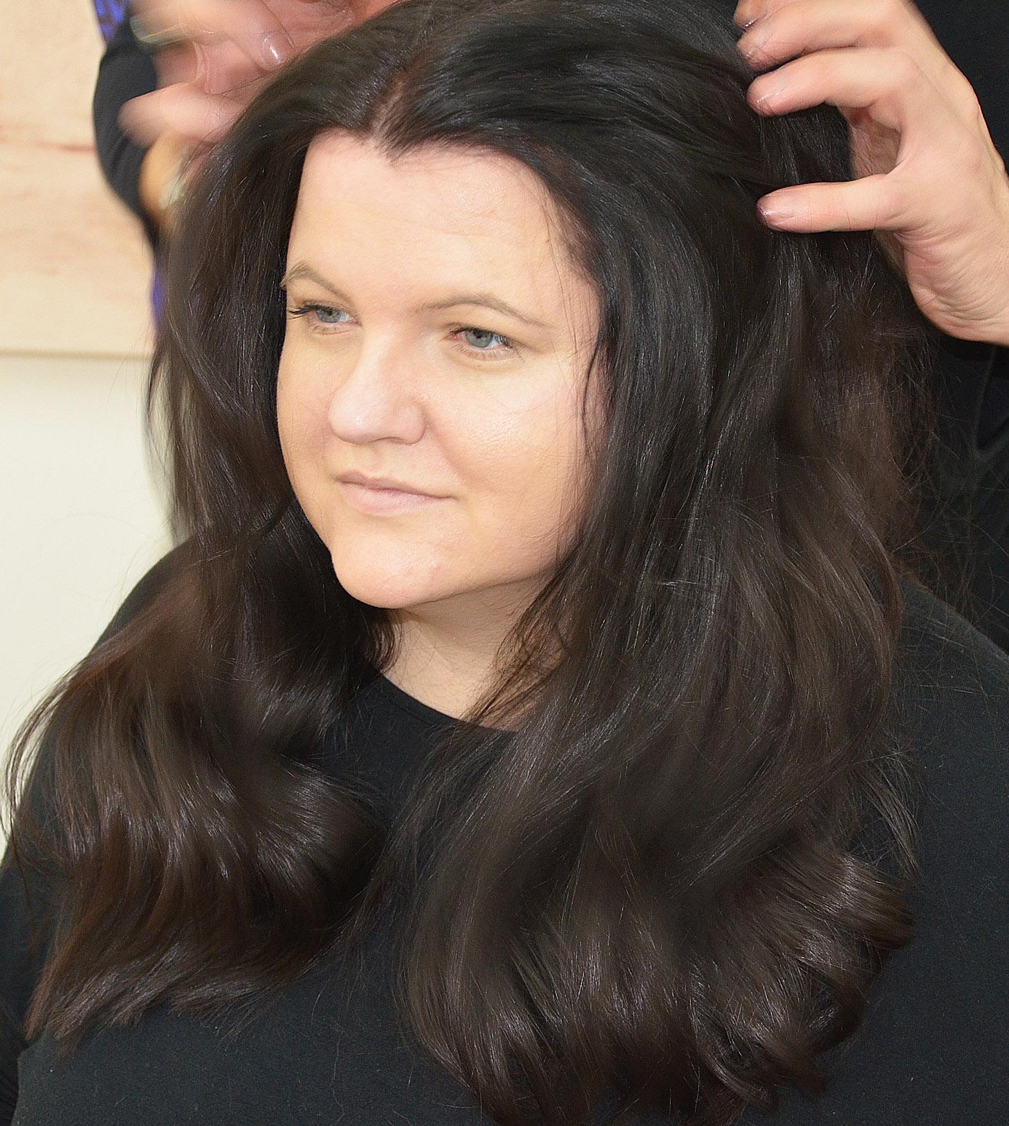 Haare in Form legen